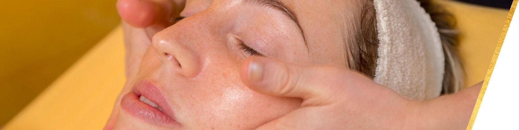 Angolo della bellezza - trattamenti curativi viso
