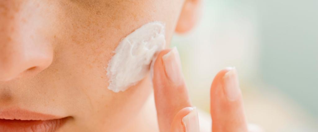 idratazione con crema viso